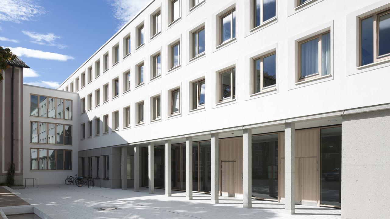Landratsamt, Garmisch-Partenkirchen: Windows